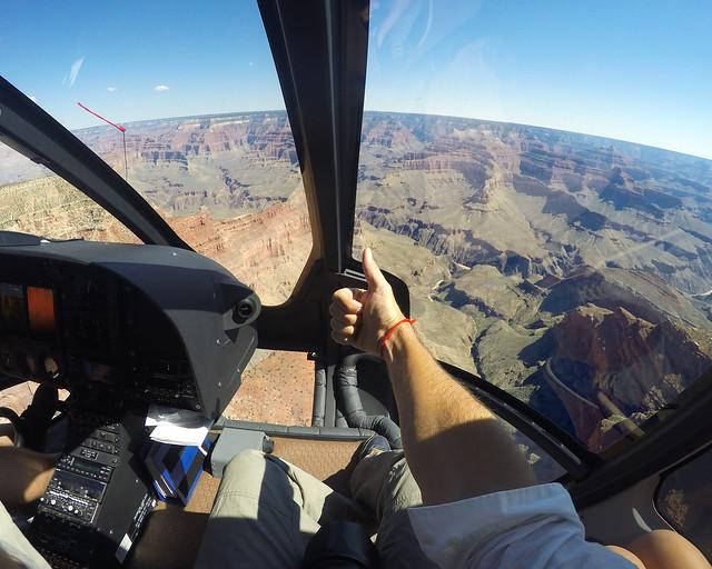 En el interior de la excursión en helicóptero por el Gran Cañón, una de las cosas imprescindibles que ver en la Costa Oeste de Estados Unidos