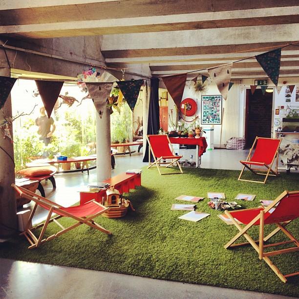 Rooftop garden play area yes please rooftop garden for Indoor nature design challenge