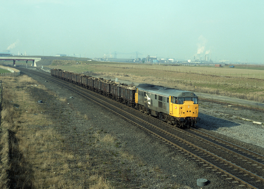 cargo fleet 31147 east scrap train 110387