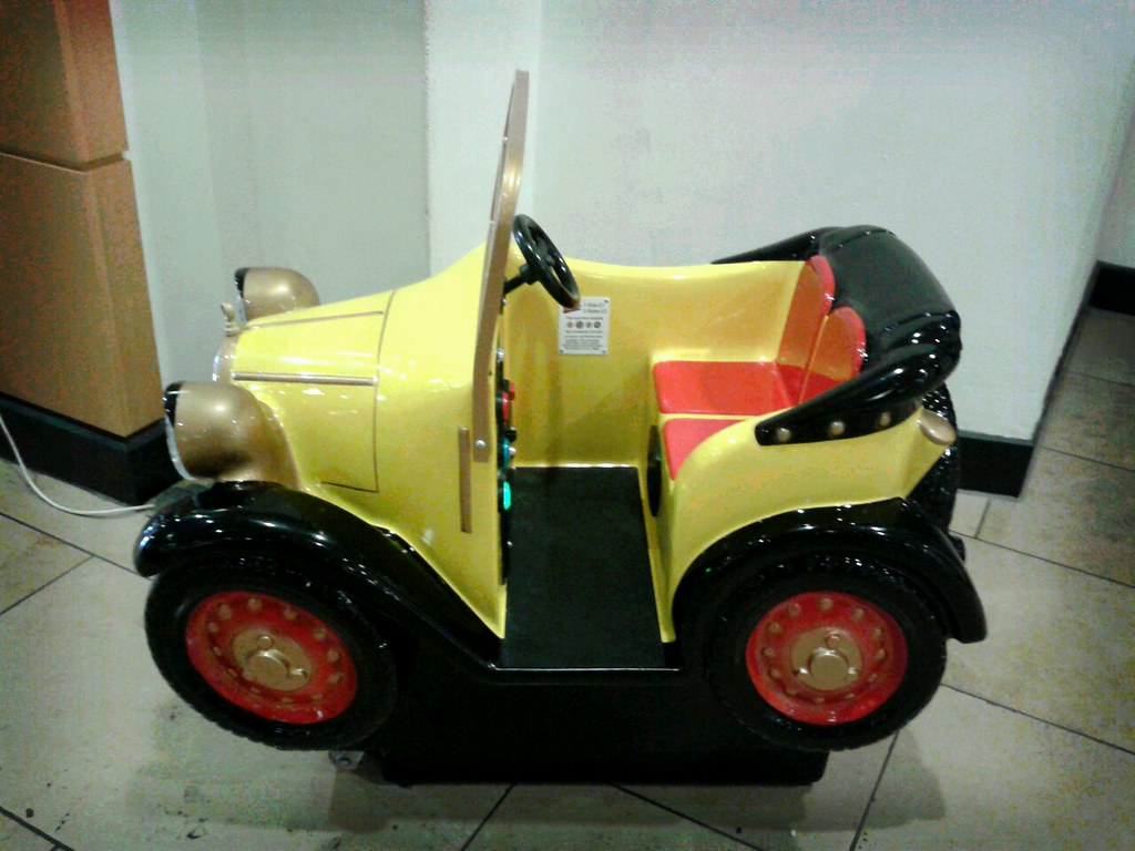 Brum Children S Ride At Touchwood Solihull Based On The C Flickr