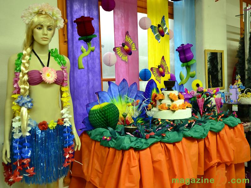 Decoraç u00e3o de Festa Havaiana Na loja do Magazine 25 de març u2026 Flickr # Decoracao De Havaiana