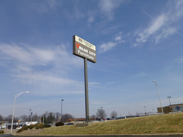 Value City Furniture Sign In Akron Ohio Flickr Photo Sharing