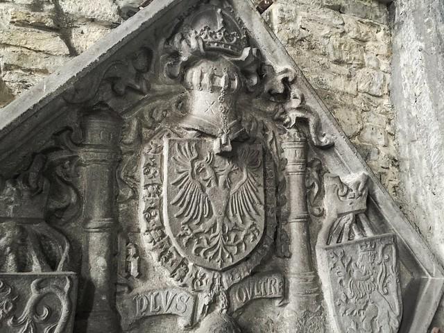 Escudo de Carlos V en la Abadía de San Bavón de Gante (Flandes, Bélgica)
