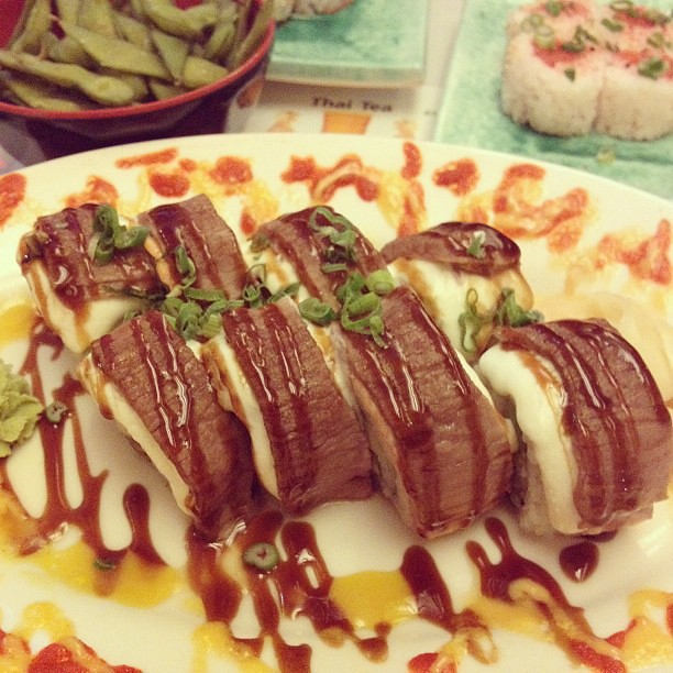 California Beef roll. Sushi, American style. | Adam Avitable | Flickr