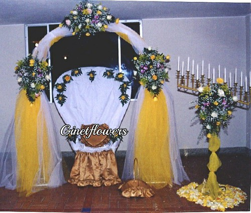 Eventos kit 15 a os silla decorada con 3 grandes for Sillas para xv anos