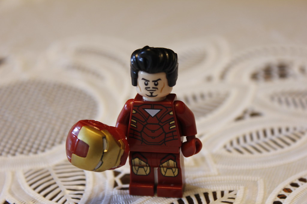 Lego Tony Stark A Close Up Of My Minifigure Of Iron Man