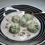 Malfatti mit Parmesan-Champignonsauce