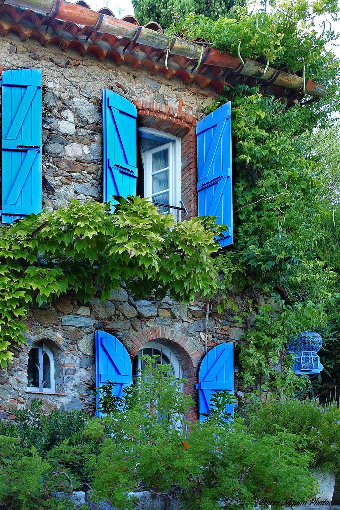 C 39 est une maison bleue ou la cage aux oiseaux q - Chanson c est une maison bleue ...