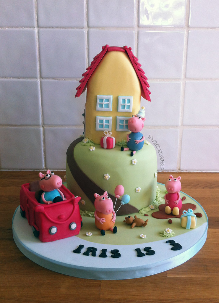 Birthday Peppa Pig Peppas Car And House Roof Section We Flickr