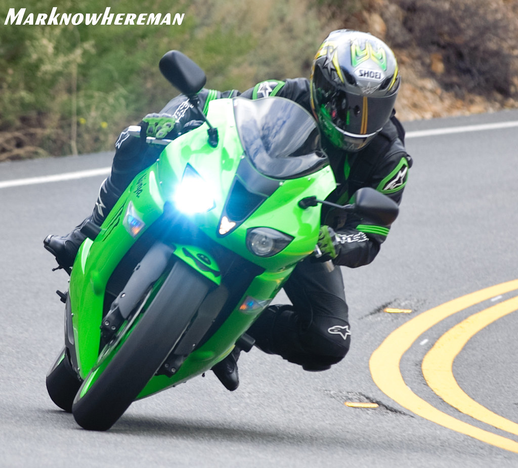 Kawasaki White