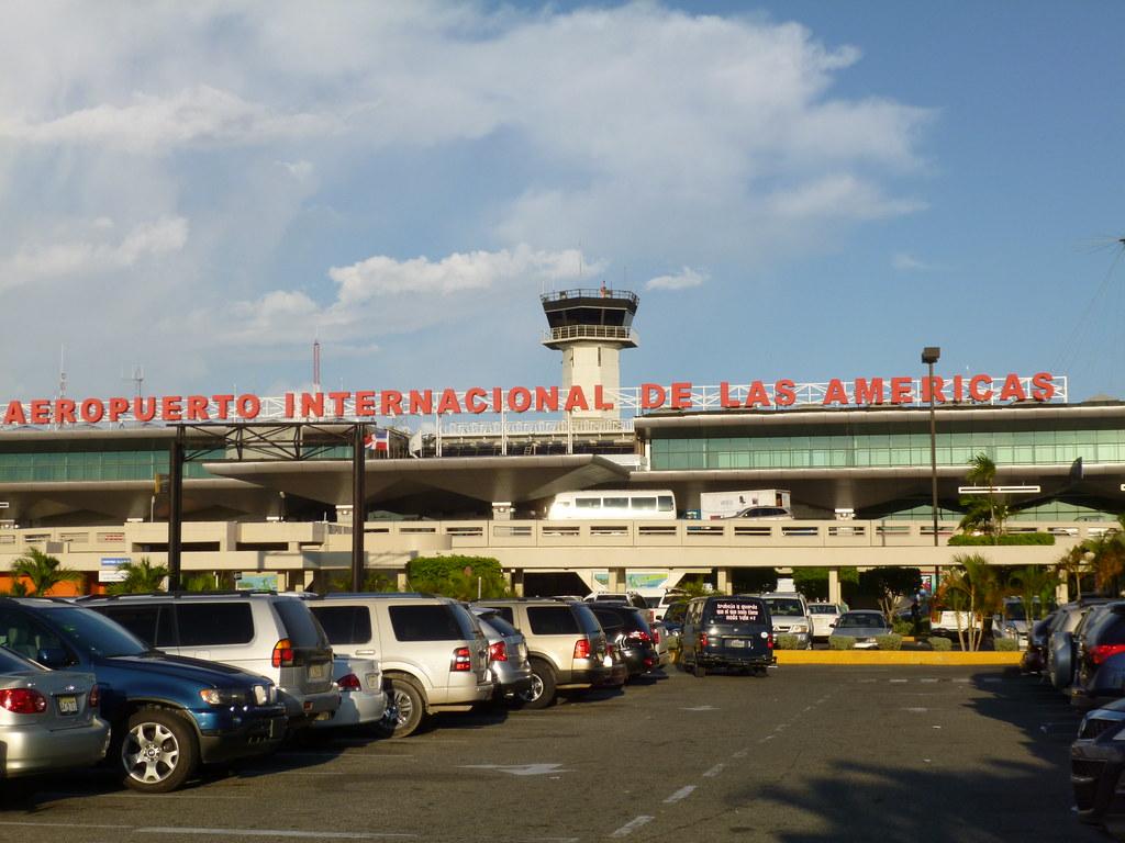 Santo Domingo Aeropuerto Internacional De Las Am 233 Ricas
