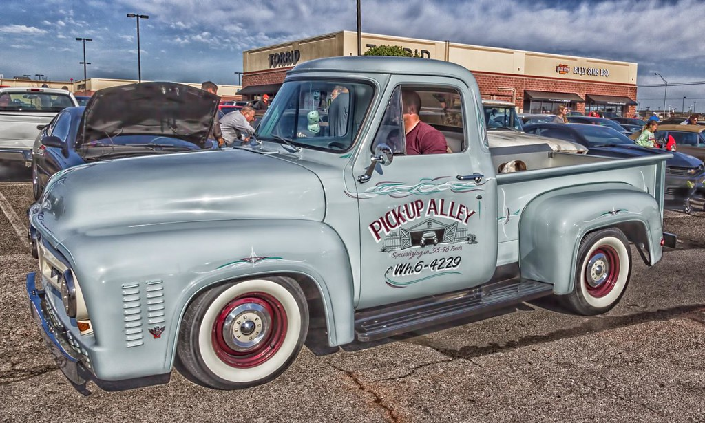 50s Ford Truck >> 50 S Ford Pickup Pickup Alley Little Classic Car Show In O