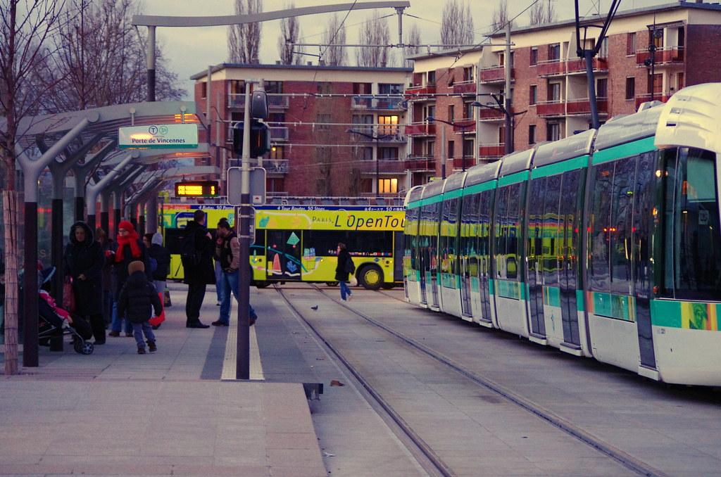 Paris f vrier 2013 le tram t3b porte des lilas 4 flickr - Tramway porte des lilas ...