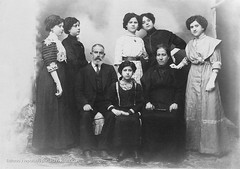 Mis Tatarabuelos e Hijas 1890 - My Great-great Grandparents and Daughters 1890