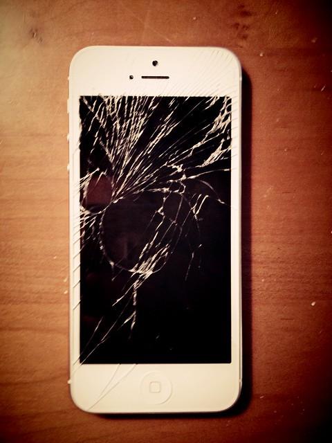 broken iphone 5 flickr photo sharing