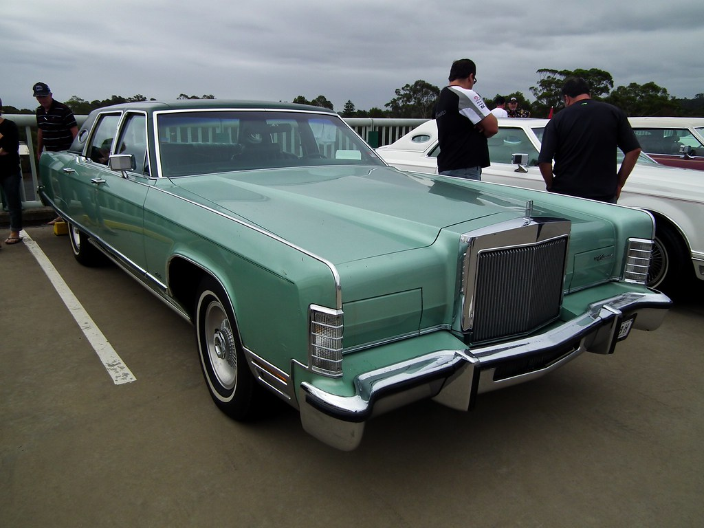 1977 Lincoln Continental Town Car Sedan 1977 Lincoln Conti Flickr