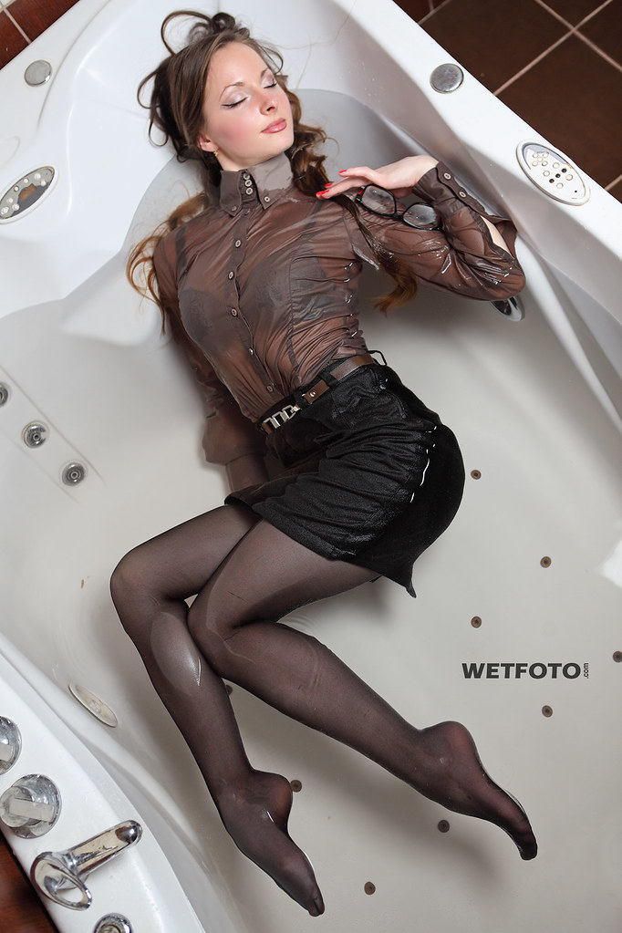 248 Wetlook In Business Clothes With Sexy Girl Beautiful -3747