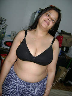 Big black tits and pussy