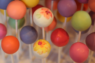 Watercolor Inspired Cake Pops | by Sweet Lauren Cakes