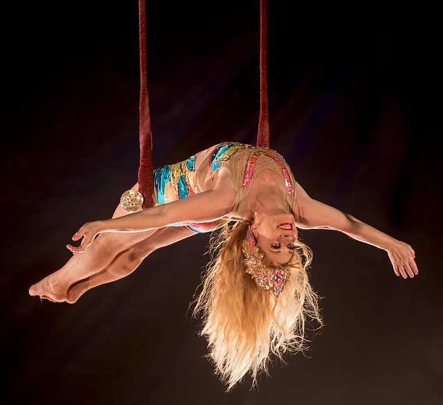 Trapeze Artiste Rebecca Ostroff | Flickr - Photo Sharing!