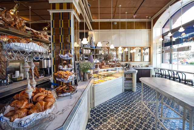 Mail Cafe Lafayette Paris