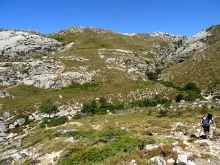 Dans la montée au col de Menta : le Vinaghjolu en arrière-plan