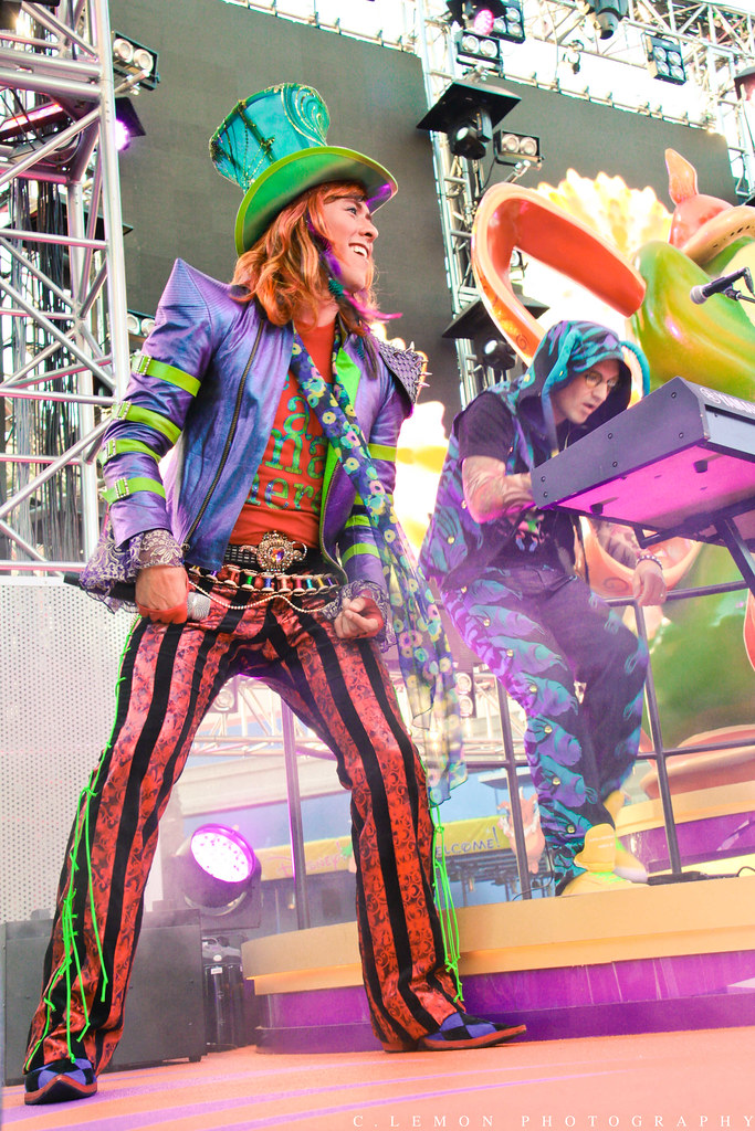 Mad T Party Disneyland Drinks