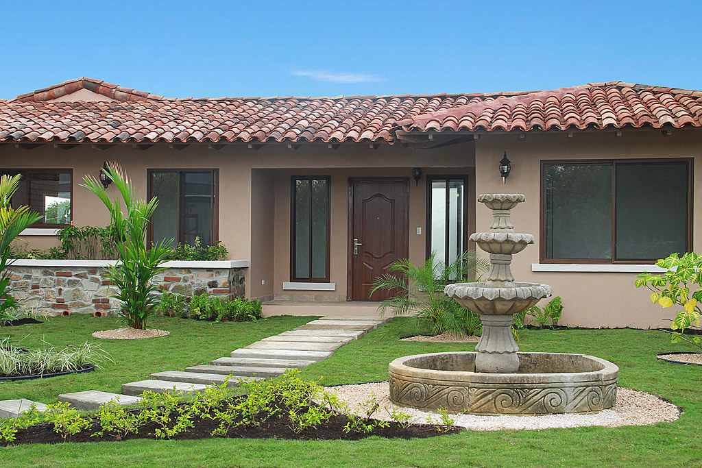 Cubita panama casa modelo chitre for Modelos de casas procrear clasica