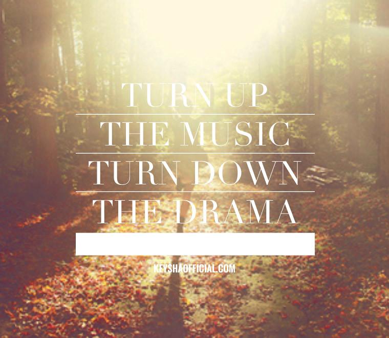Download rihanna new song.