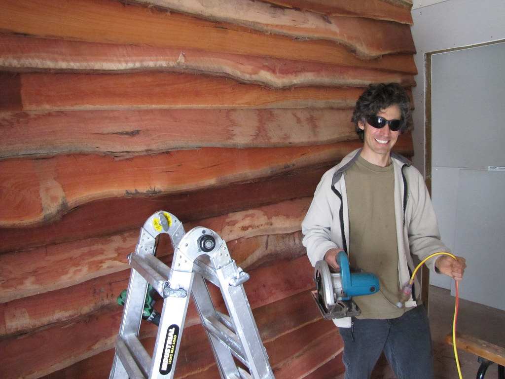 Brett With Jarrah Feature Wall Strawbale House Build In