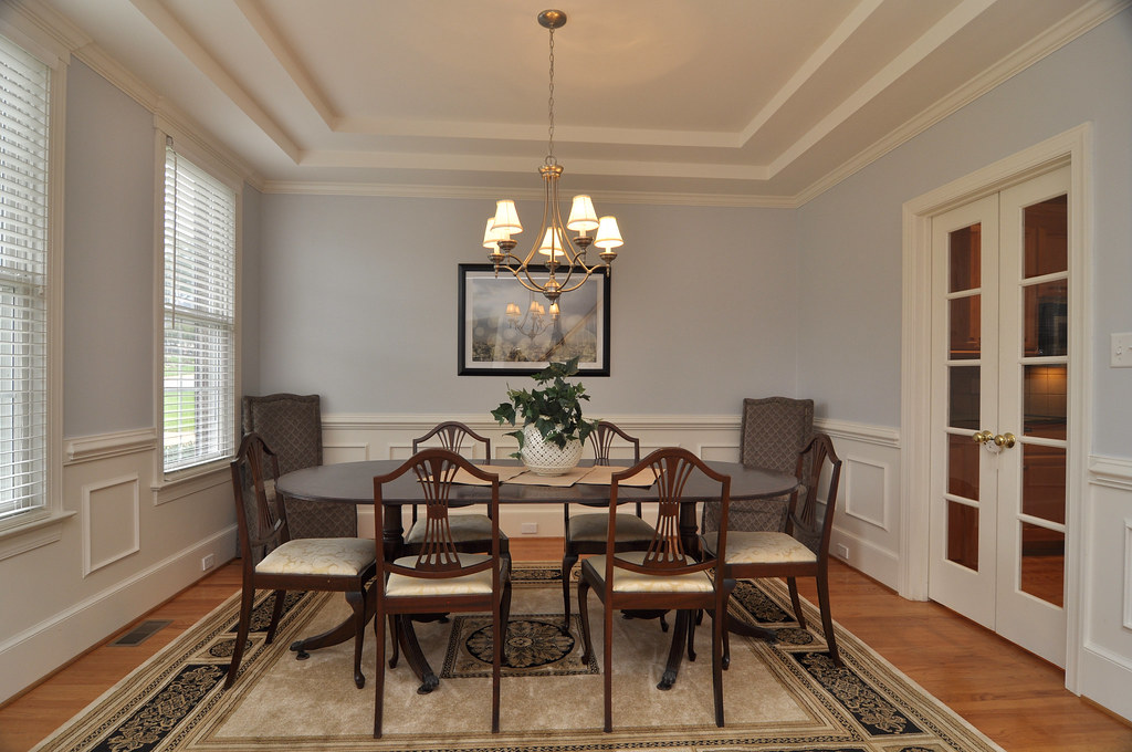 4083 Ambassador Circle Gorgeous Dining Room With Double T