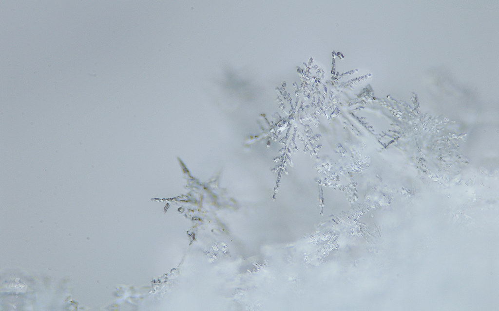 4k papers snowflakes - photo #1