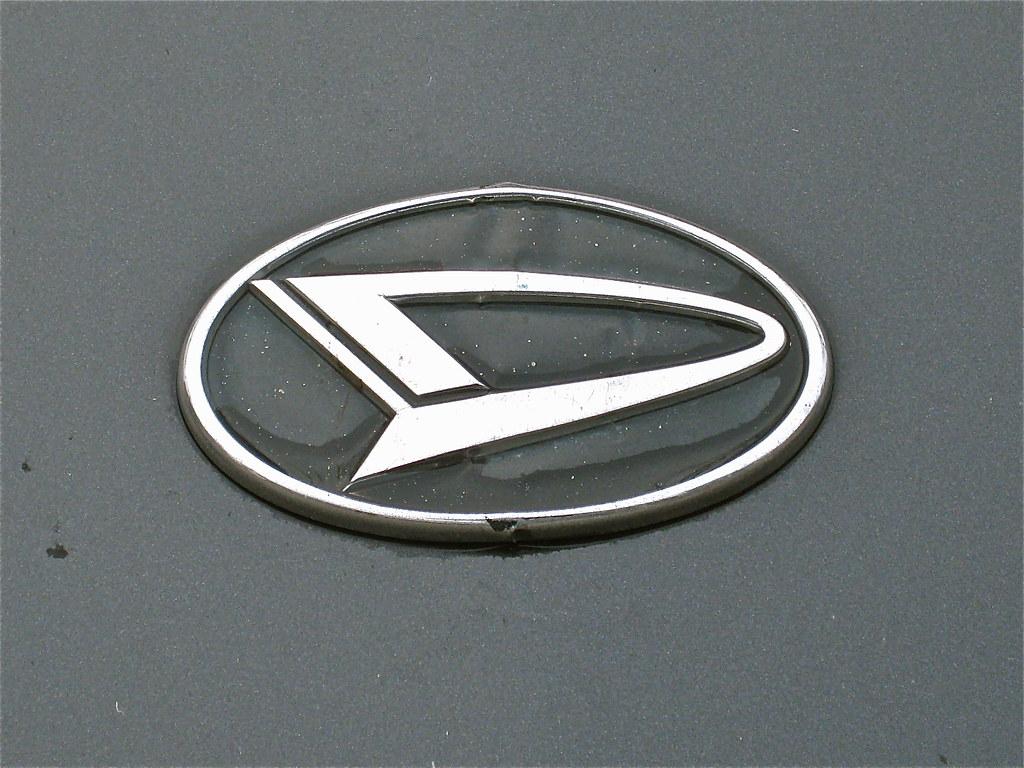 Daihatsu Badge >> 1971 Datsun 240z Sport Coupe Emblem But Originally From Flickr