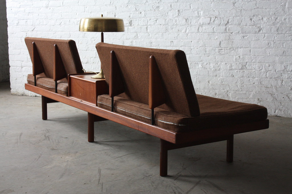 On deck memorable scandinavian mid century modern kar for Danish design sofa