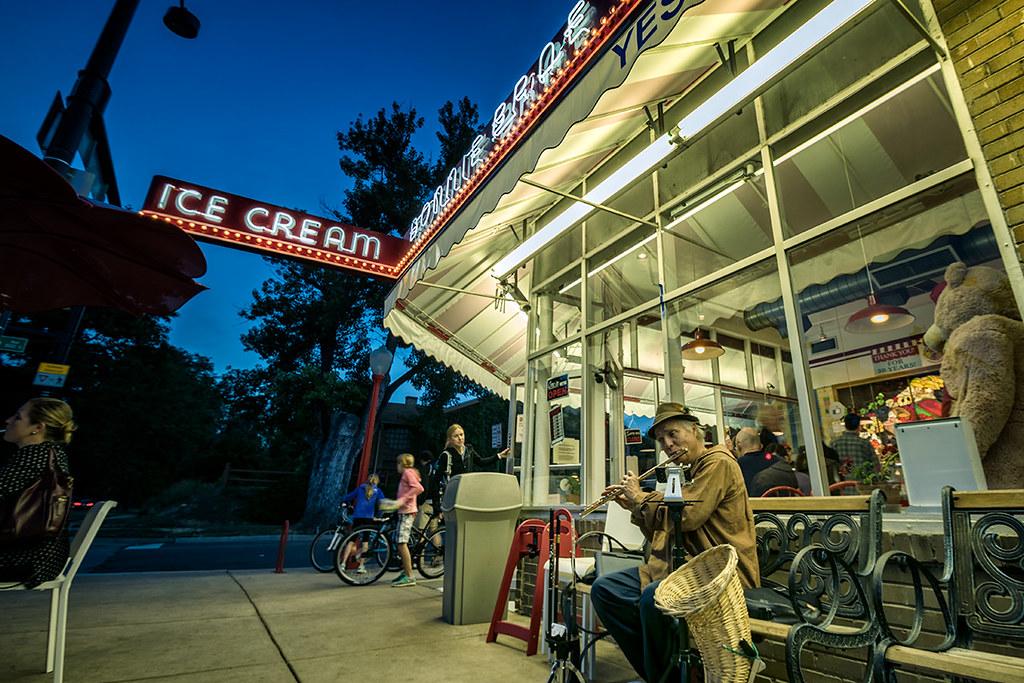 Flautist: Bonnie Brae Ice Cream, Denver