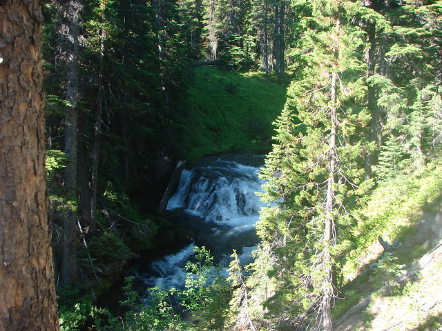 Small waterfall on Tumalo Creek