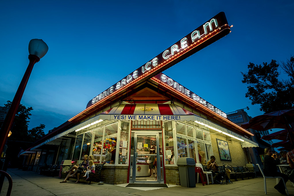 Bonnie Brae Ice Cream, Denver CO