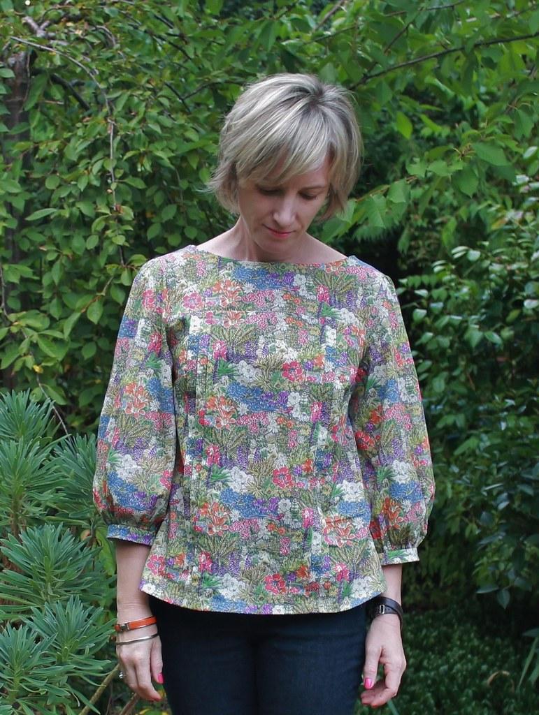 tilly 39 s mathilde blouse in liberty archipelago blogged her flickr. Black Bedroom Furniture Sets. Home Design Ideas