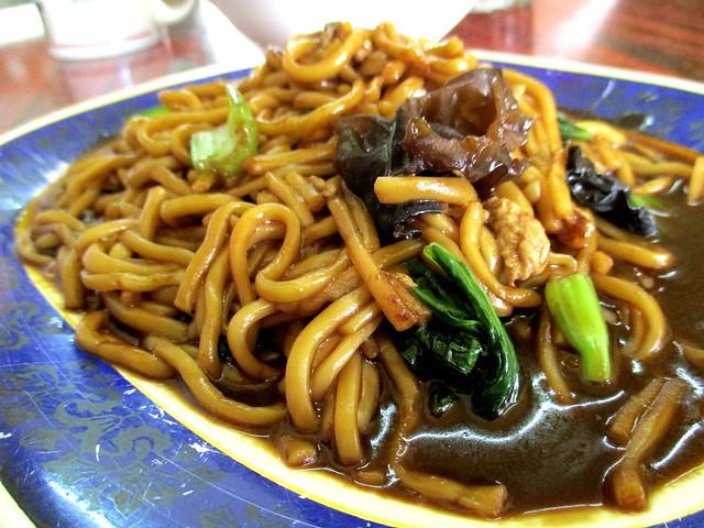 Friends' Kopitian Foochow firede noodles