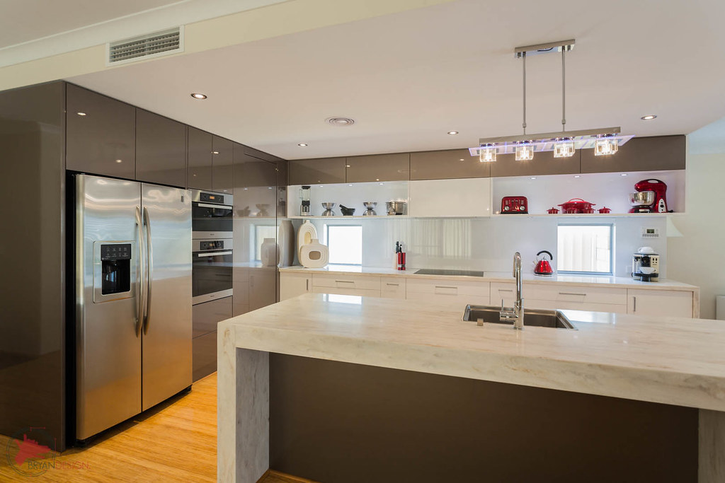 White Kitchens With Red Walls