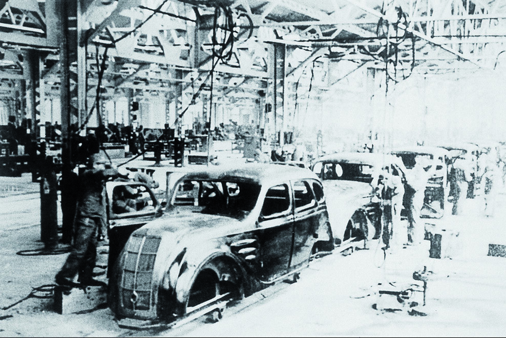 Build A Toyota >> TMHE's Toyota History Part 2 – Model AA Sedan Production L… | Flickr