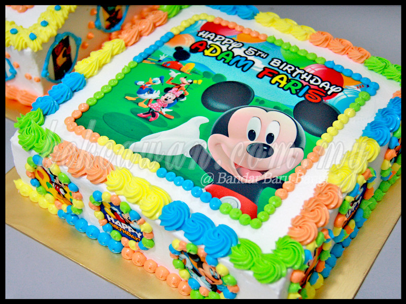 Moist Choc Cake With Mickey Mouse Edible Image Customer