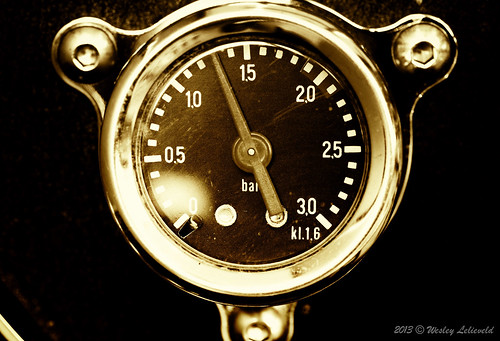 Spirit pressure gauge | by Wesley Lelieveld Photography