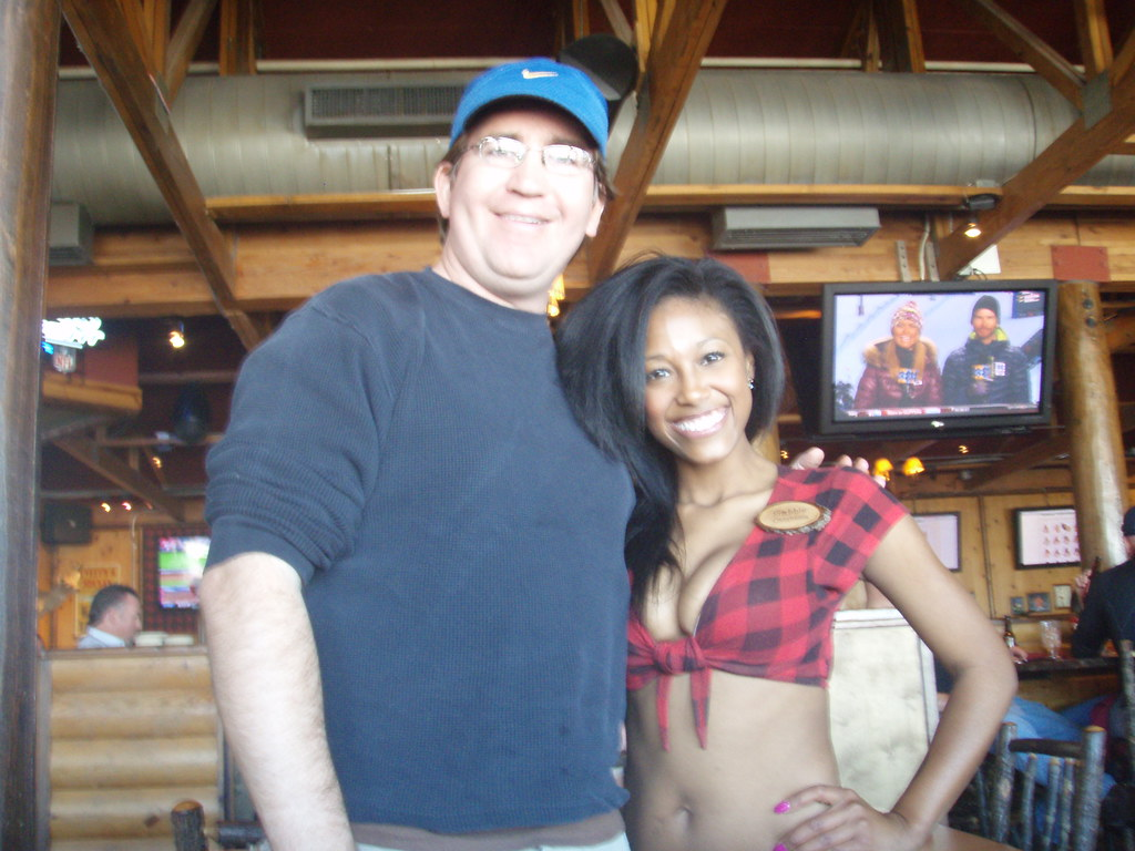 The Waitresses At Outriggers New Smyrna Beach Fl