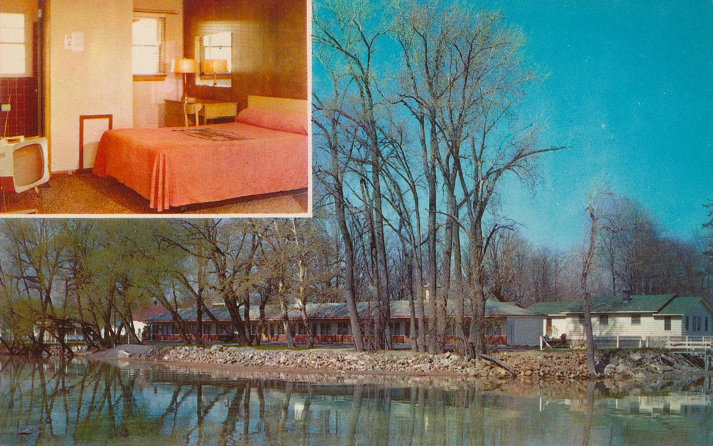 Willow Beach Motel - Plattsburgh, New York
