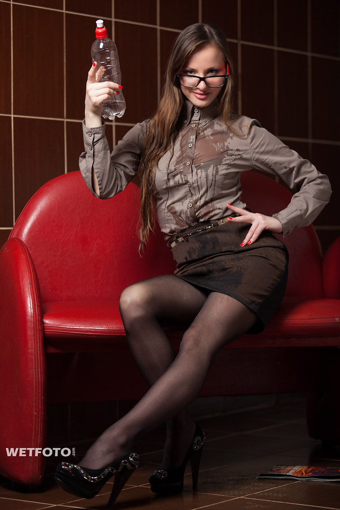 248 wetlook in business clothes with sexy girl beautiful