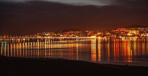 dundee city night view fae fife long exposure dundee