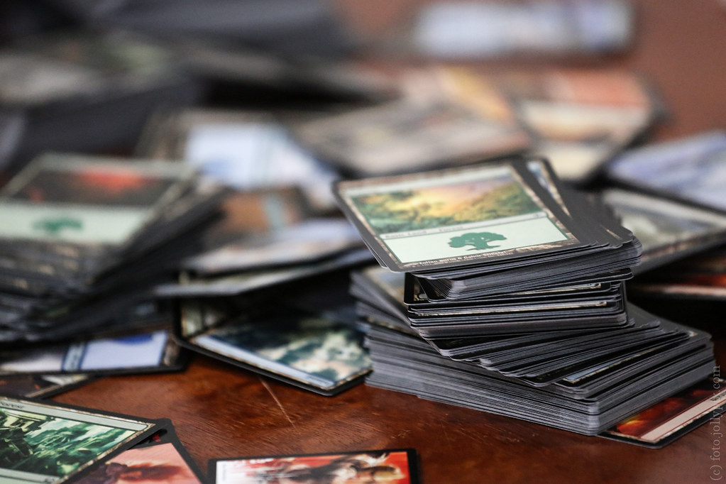 Table with Magic the Gathering cards