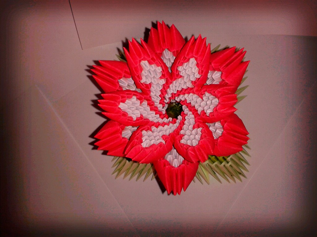 Origami 3d flower fiore in origami 3d samuel ferreira flickr origami 3d flower by samuel sfa87 mightylinksfo