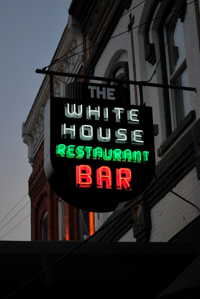 Ff And E >> White House Restaurant Bar neon sign, Fishkill, NY | Flickr